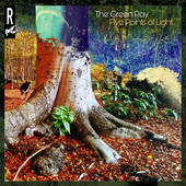 GREEN RAY-Five Points Of Light
